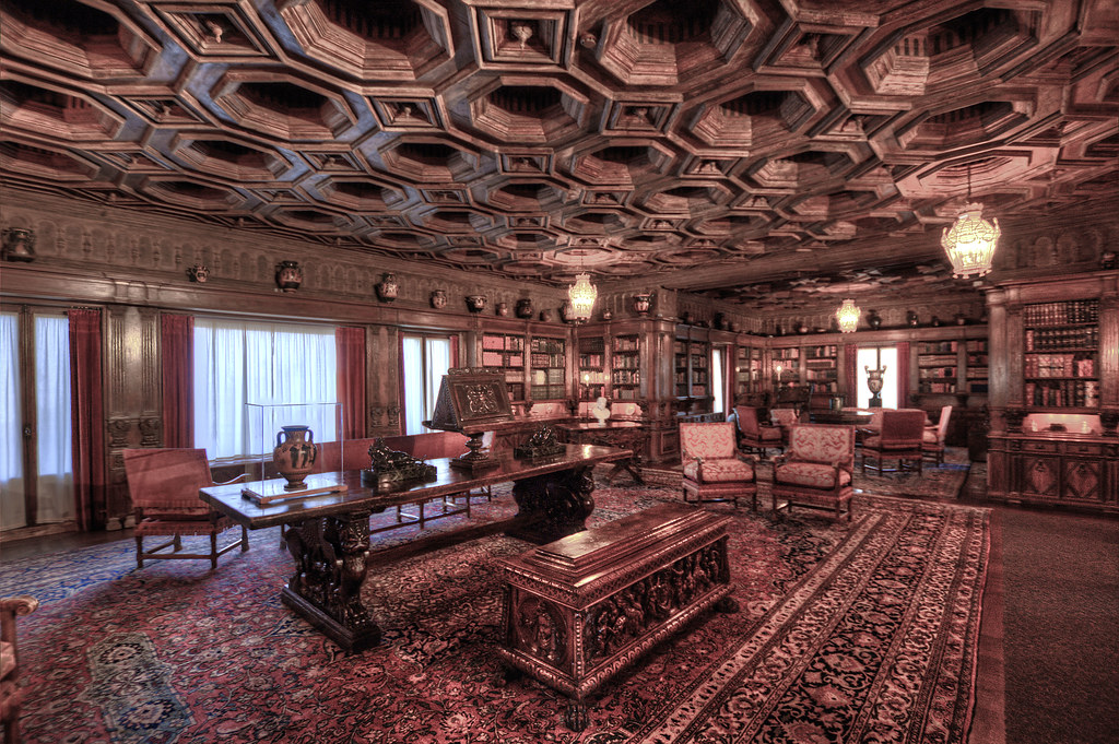 Hearst Castle Library Library Guests Of The Historic