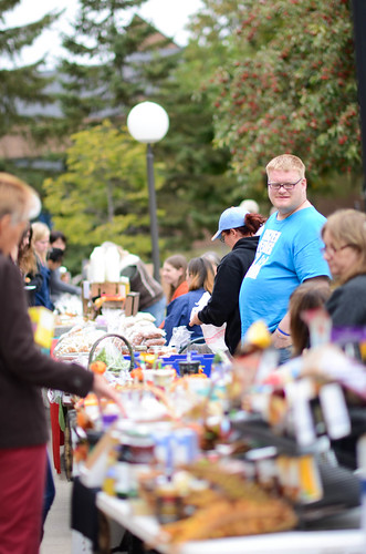 Farmer's market out on the mall | by University of Minnesota, Morris Alumni Association