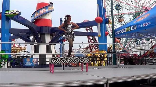 Performing at luna park coney island flickr photo for Puerta 9 luna park