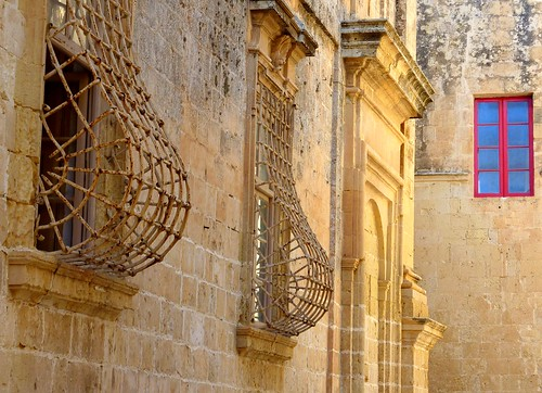 Windows, L-Mdina, Malta | by Frans.Sellies