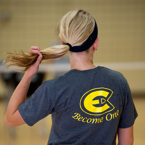 Volleyball Practice | by UWECblugolds