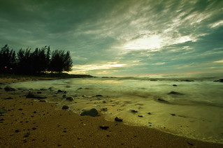 Waves of Tanjong Batu | by HAKIM CAINE