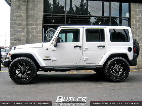 Jeep Wrangler with 20in Fuel Maverick Wheels   Additional ...