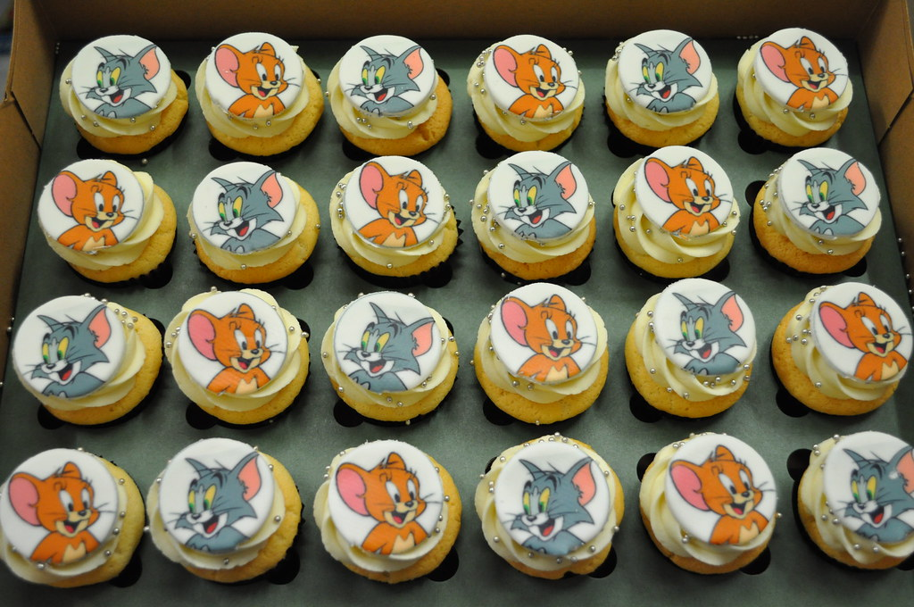 Tom and Jerry Mini Cupcakes Cupcakes by Paolo Flickr