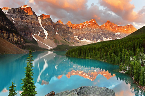 Moraine Lake Sunrise | by Oilfighter