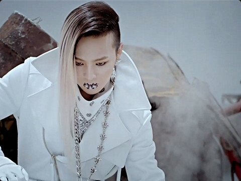Cabelo de G-Dragon em