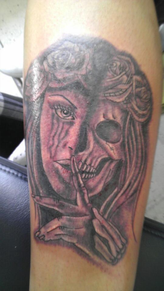 Half Skull Face Tattoo Half Skull Half Face Girl Tattoo B Flickr