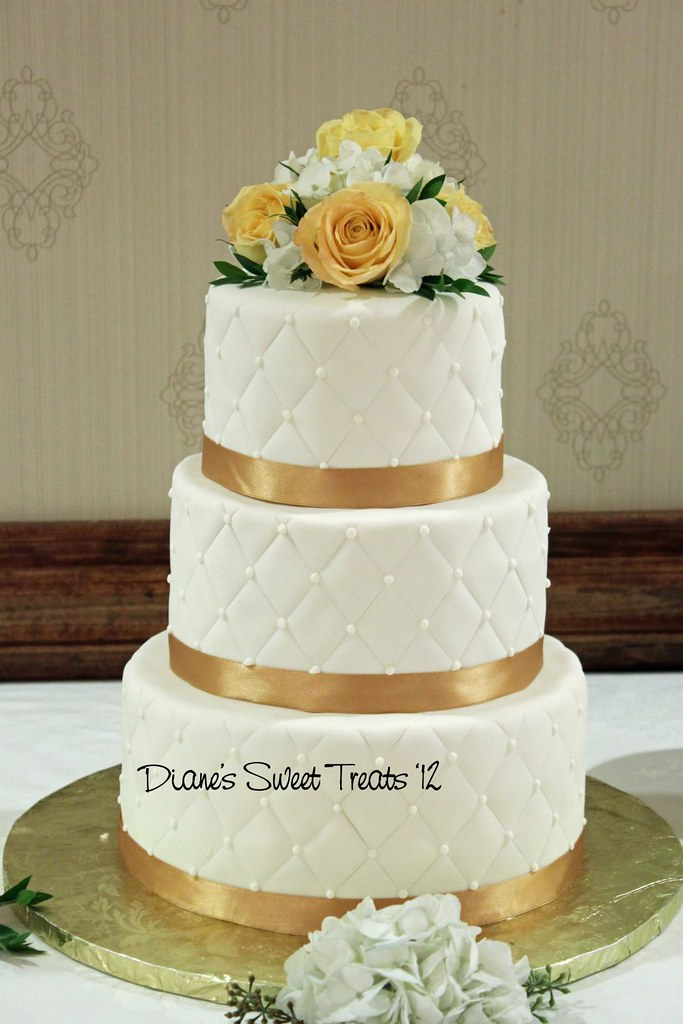 Golden Wedding Cake Ribbon