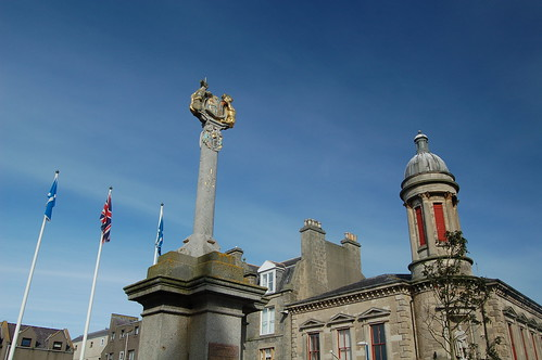 Mercat Cross, Fraserburgh | by luckypenguin