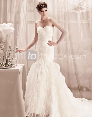 V neck royal length train a line wedding dresses with lace for Wedding dresses with royal length train