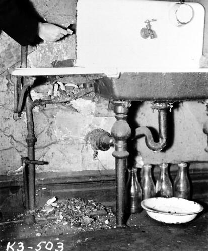 Underneath Kitchen Sink Design
