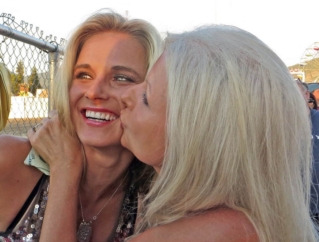 Kristy Lee Cook And Kimberly Kiss Josephine County Fair