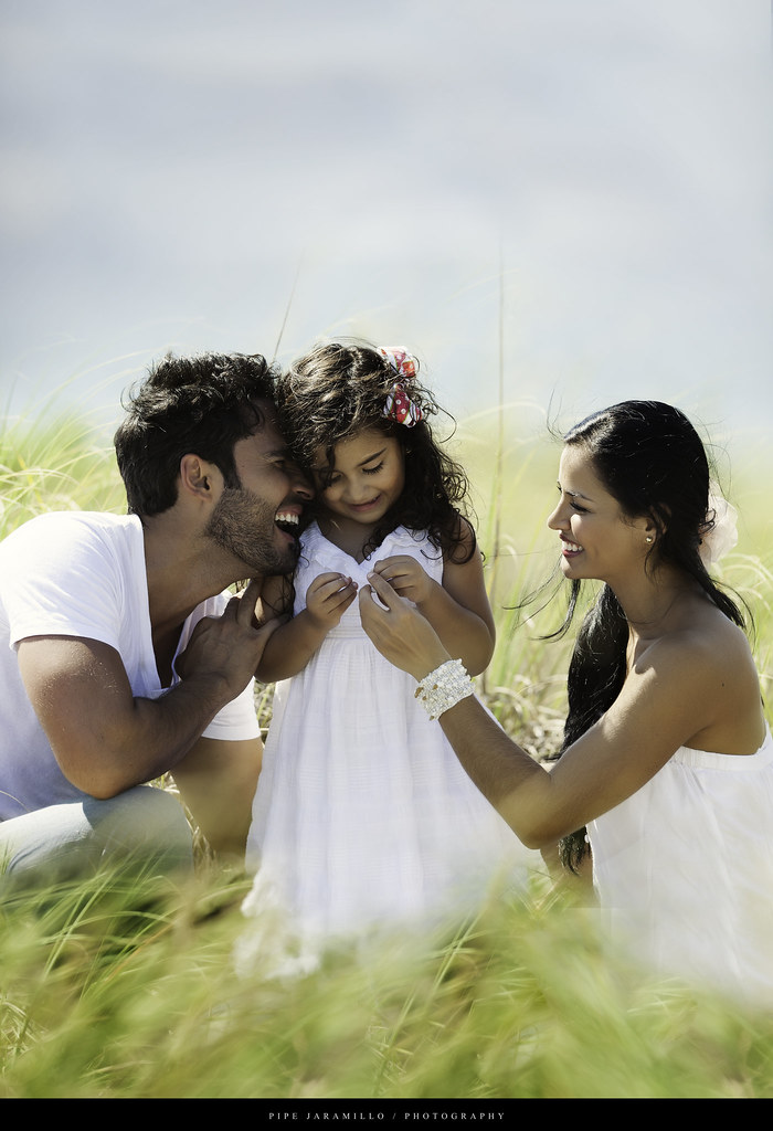 Fabian Rios & Family | www.pipejaramillo.com | By: Pipe Jaramillo ...