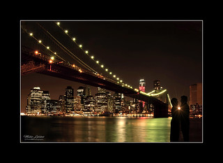 Romance at the Brooklyn Bridge | by mikeyasp