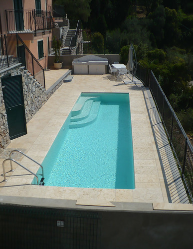 Bluespring 259 2 piscina laghetto a sfioro bluespring da for Piscine laghetto