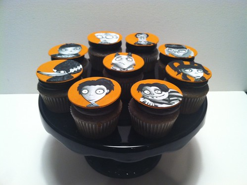 Frankenweenie Cupcakes | by death by cupcake