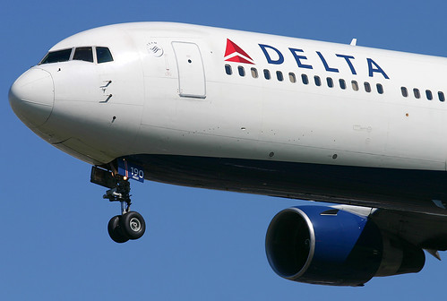 Delta Airlines - N190DN | by Andrew_Simpson