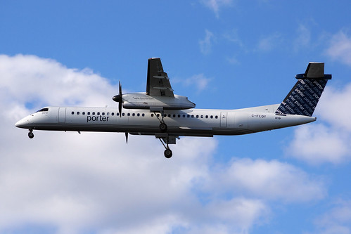 Porter Airlines Bombardier Dash 8-Q400 C-FLQY | by FlyingJ31