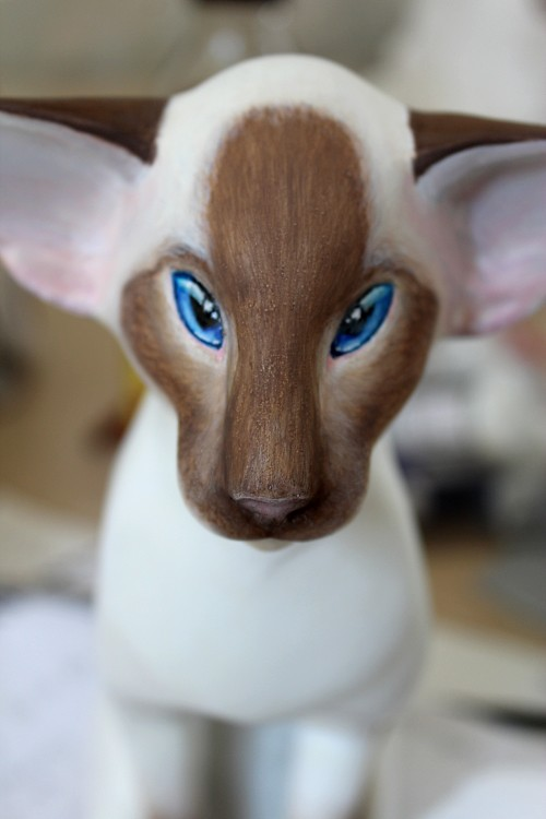 chocolate point siamese cat sculpture painted sculpted