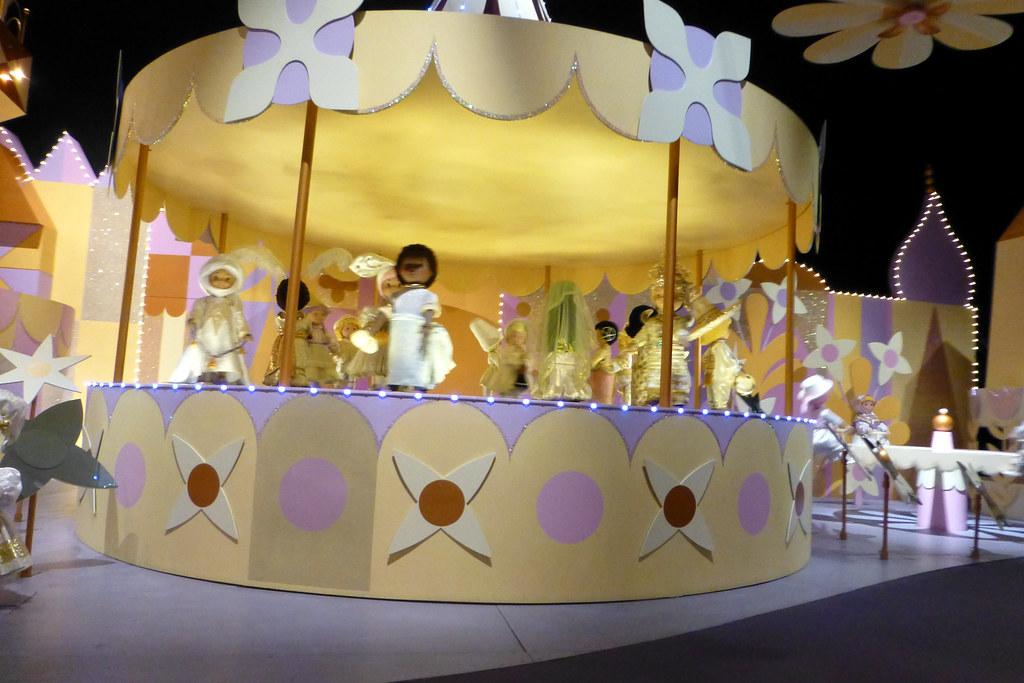Disneyland Resort Hong Kong China It S A Small World