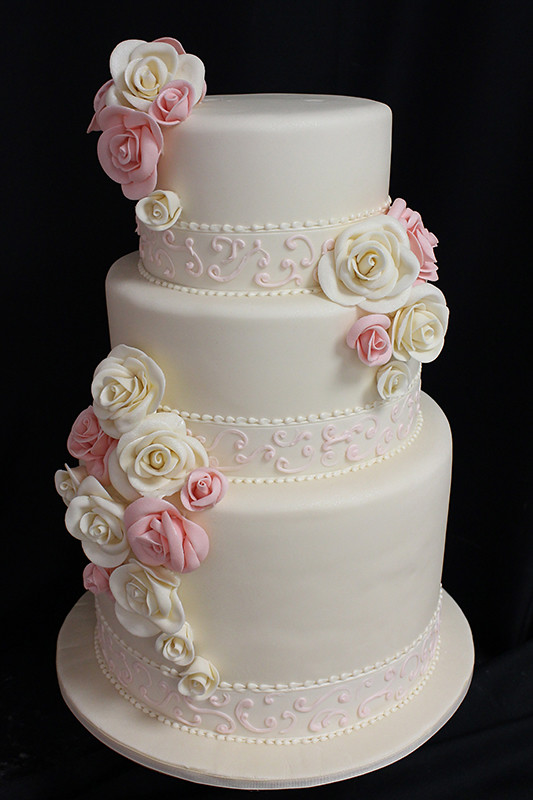 Oakleaf Wedding Cakes