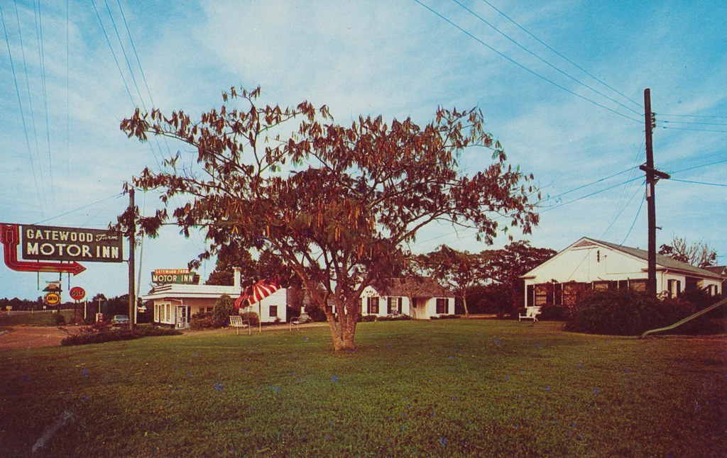 Gatewood Farm Motor Inn - Mongtomery, Alabama