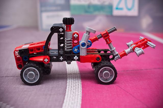 lego technic 8065 pick up truck 2 flickr photo sharing. Black Bedroom Furniture Sets. Home Design Ideas