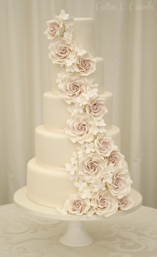 cascading roses wedding cake cascade wedding cake set up in the marquee 12431