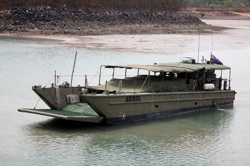 Australian army 36 water tpt lcm8 landing craft ab1055 no for Military landing craft for sale