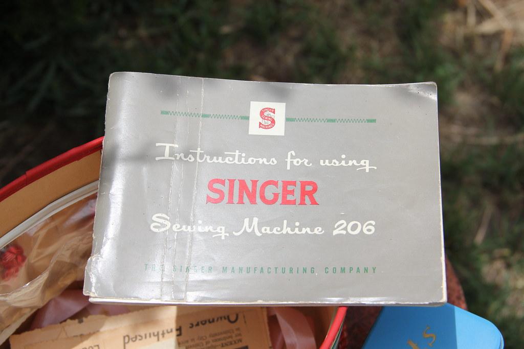 singer sewing machine 206