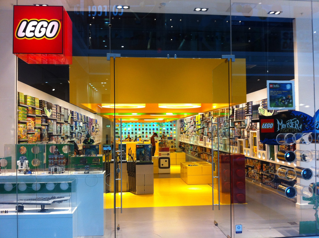 London LEGO Store | Westfield London Shopping Centre ...