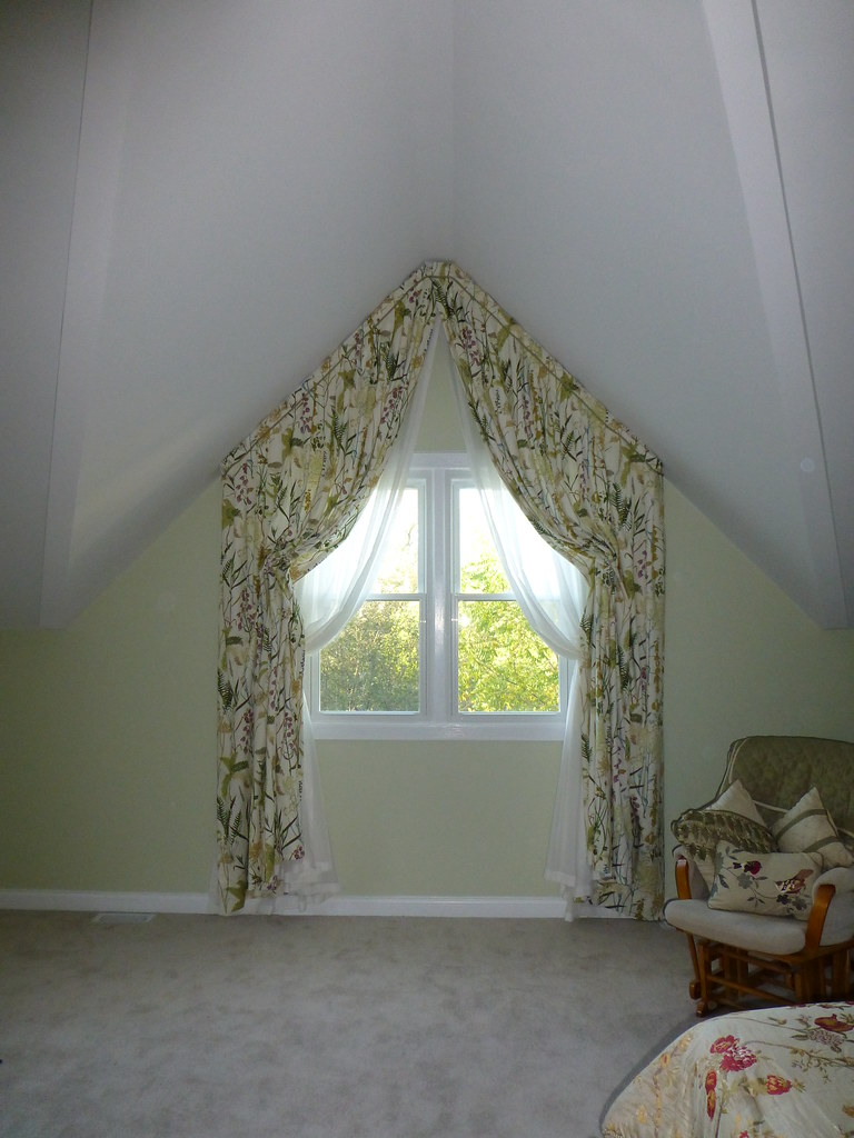 Bedroom Window Fully Operable Italian Strung Drapery