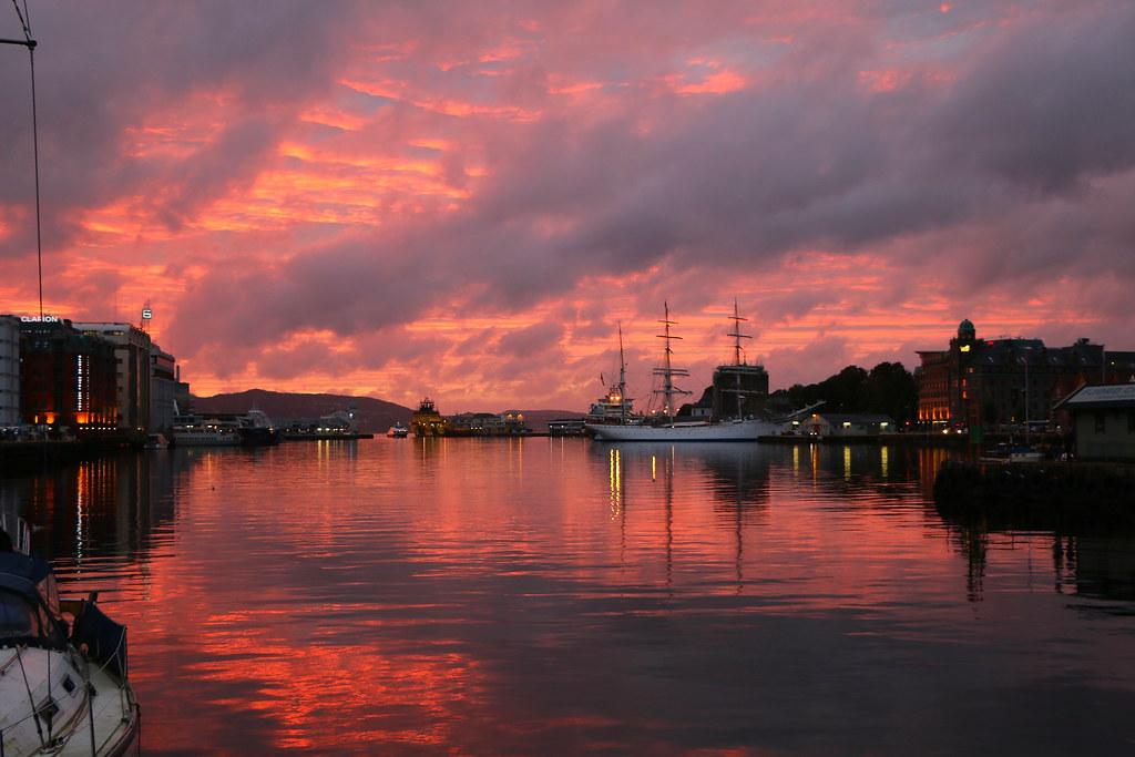 Роскошные пейзажи Норвегии - Страница 39 29531031881_f4909c8b1f_b