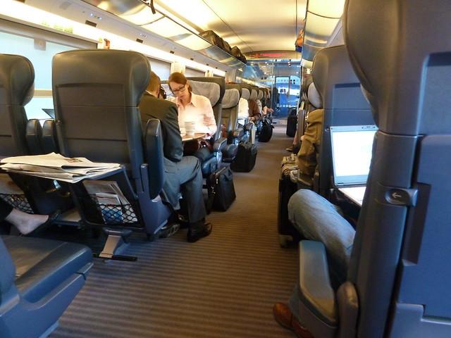 Int rieur de l 39 ice le train rapide allemand flickr for L interieur movie