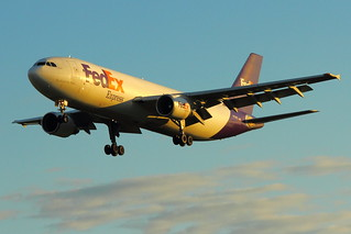 N729FD - FedEx Express -  Airbus A300B4-622R - Golden Light Arrival! - On Final for KCLE Runway 6L! | by p.csizmadia
