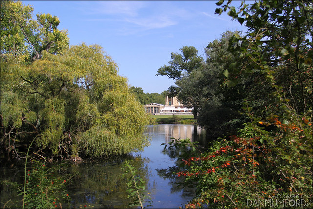 Buckingham Palace Pool House Looking At The Buckingham Pal Flickr Photo Sharing