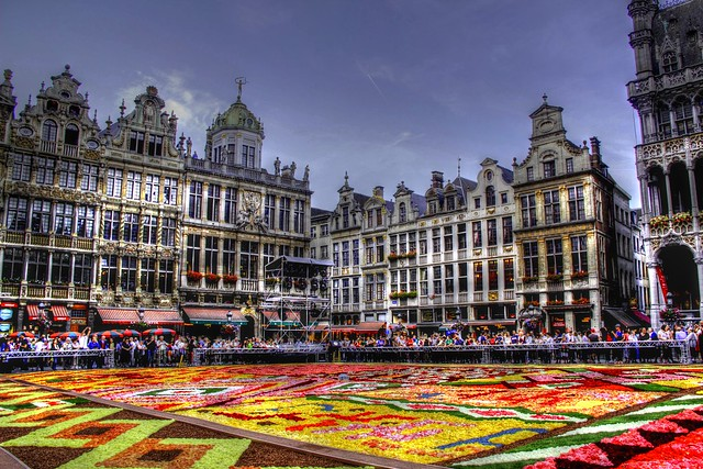belgique bruxelles grand place tapis de fleurs 2012. Black Bedroom Furniture Sets. Home Design Ideas