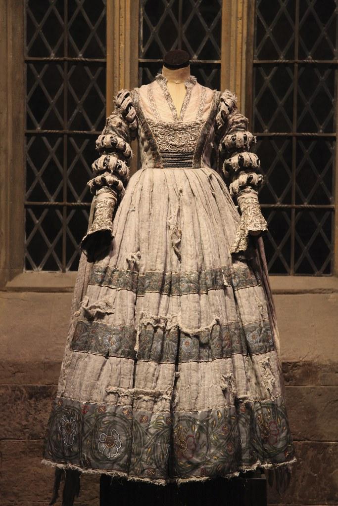 helena ravenclaw aka the grey lady the costume worn by