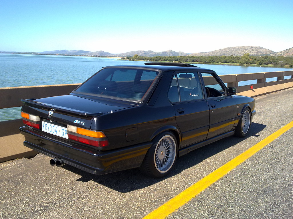 bmw e28 m5 eurospec 1988 bme e28 m5 right hand drive flickr. Black Bedroom Furniture Sets. Home Design Ideas