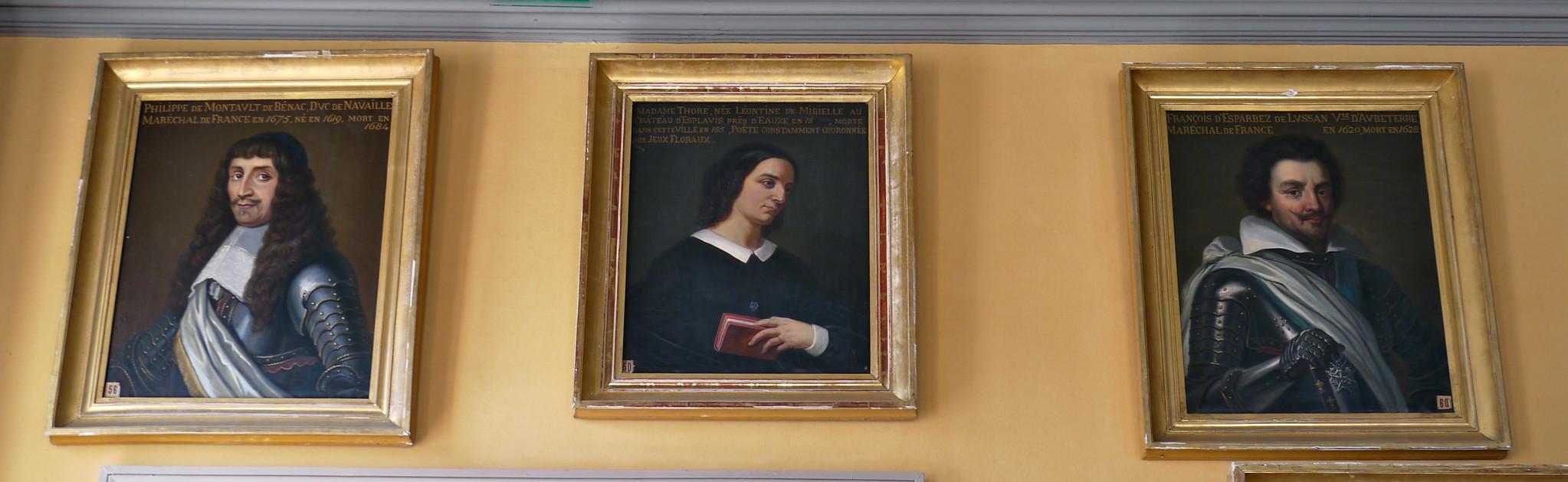 Auch, Gers: salle des Illustres à l'hôtel de ville, François d'Esparbez de Lussan, Mme Thore née Léontine de Mibielle (la seule femme de la salle!) et Philippe de Montault de Bénac (duc de Navailles maréchal de France).