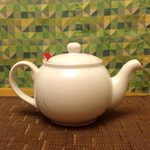 Poor tea pot has fatal cracks  and must retire. So long faithful friend! | by etherelm
