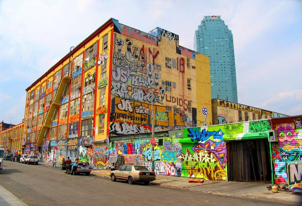 5Pointz Graffiti Wallpaper