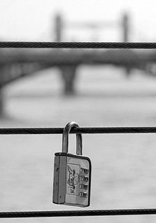 Love lock, Millennium bridge | by CdL Creative