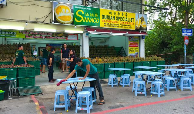 sinacco-petaling jaya-durian