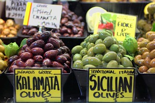 Olives at Queen Victoria Market / Melbourne | by I Prahin | www.southeastasia-images.com