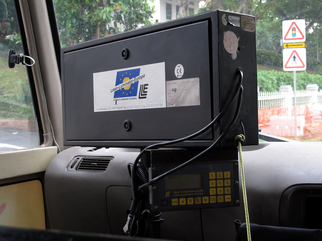Bus Plus Toyota Coaster Lawo Luminator Europa Signage Syst