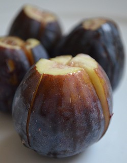 cut the figs | by myhalalkitchen3