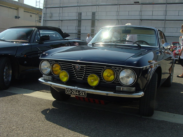 alfa romeo gt 1300 junior 1975 5 vitesses 4 freins disqu flickr photo sharing. Black Bedroom Furniture Sets. Home Design Ideas