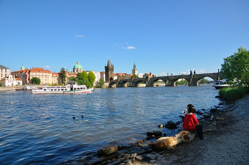 Prague : Charles bridge, gothic tower  and Regina boat | by Pantchoa