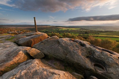 Birchen Edge, Nelson's Monument | by Paul Newcombe
